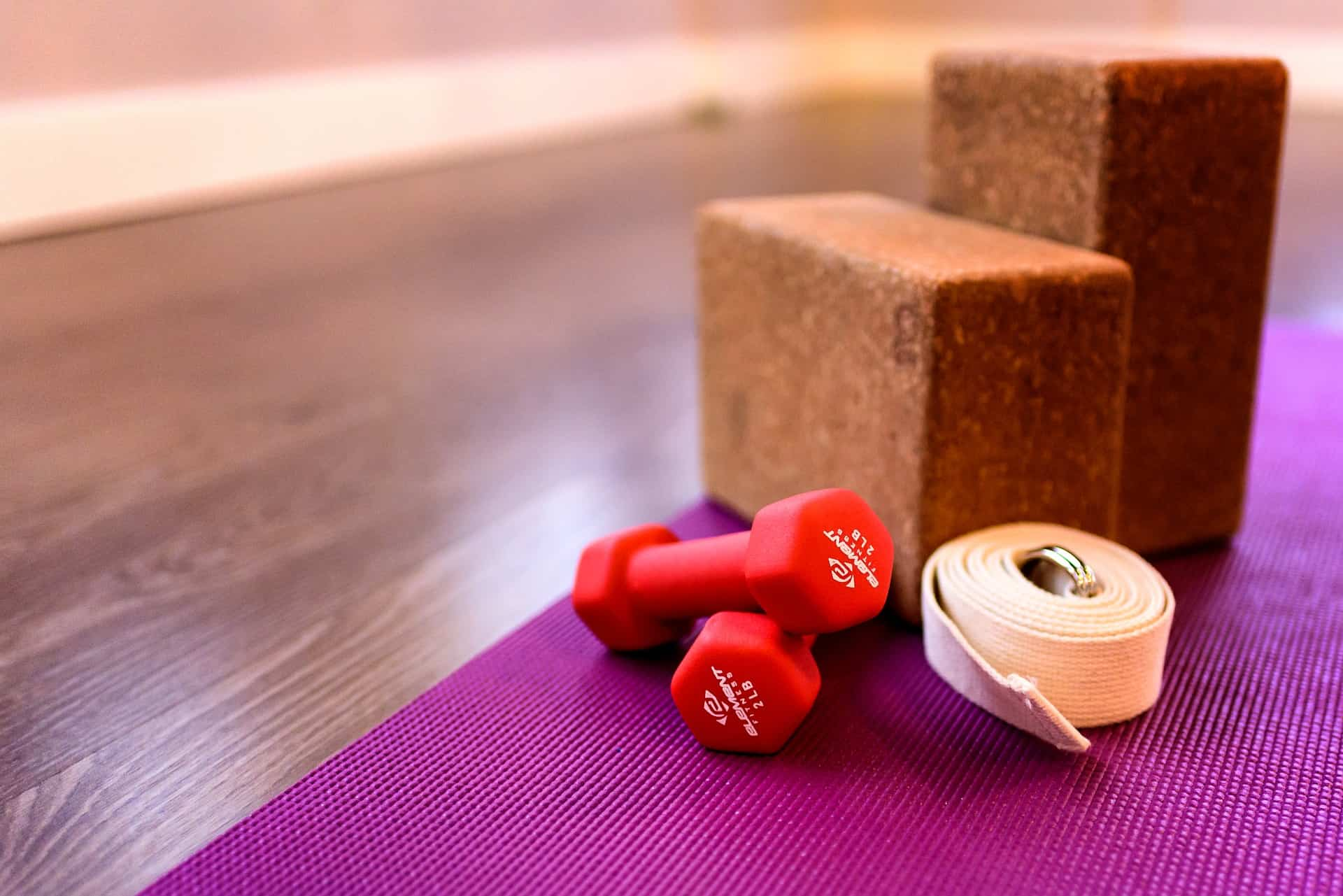 How To Use Yoga Blocks For Beginners